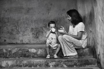 jarkan Budi Pekerti Dan Sopan Santun Kepada Anak Sedini Mungkin